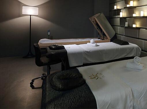Wnętrze symulacji salonu masażu
